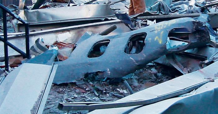 plane fuselage ual175 fema 12390 - hires-crop